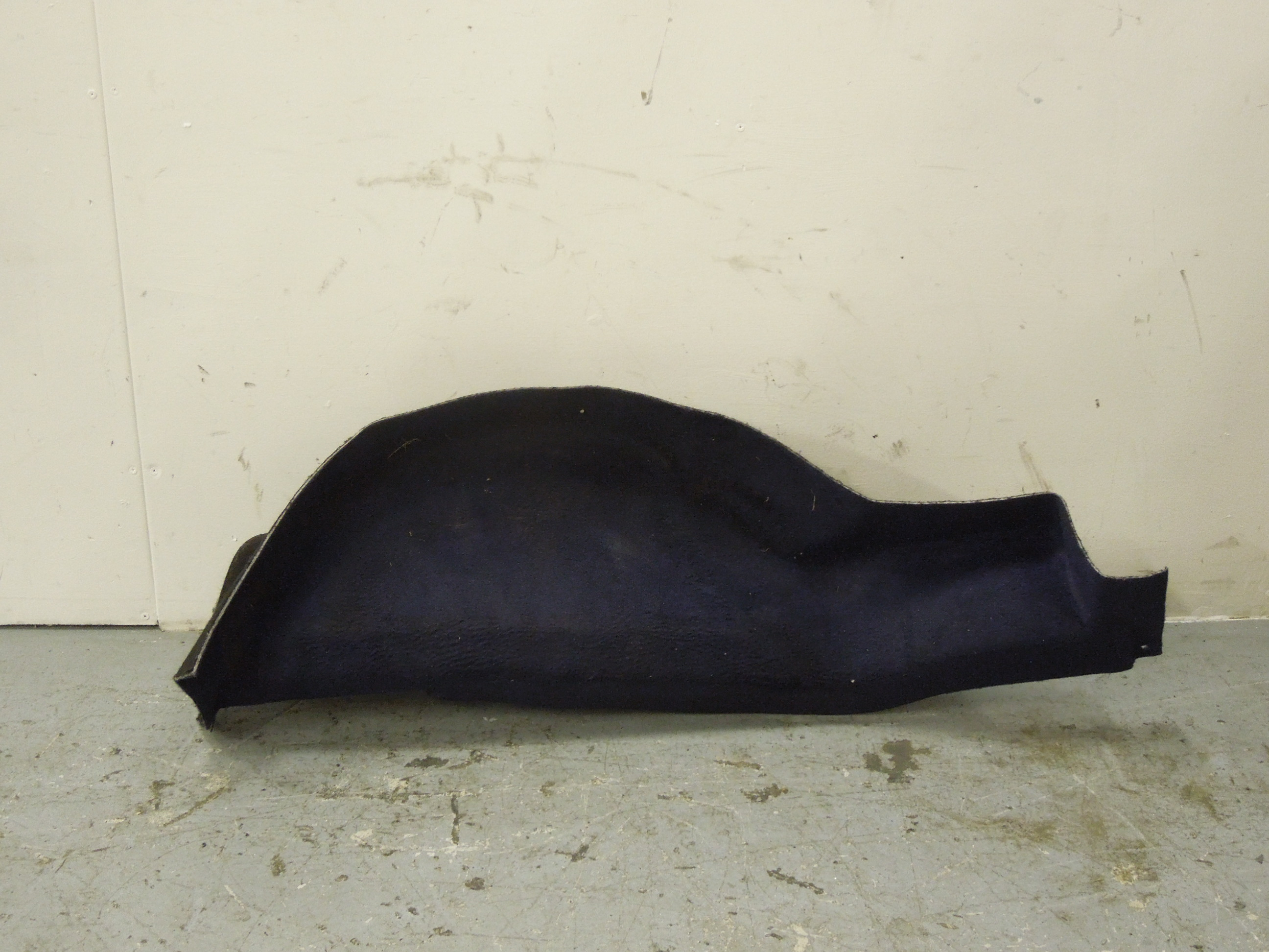 Audi-80-Coupe-NS-Left-Boot-Spare-Wheel-Well-Carpet-Trim-Blue