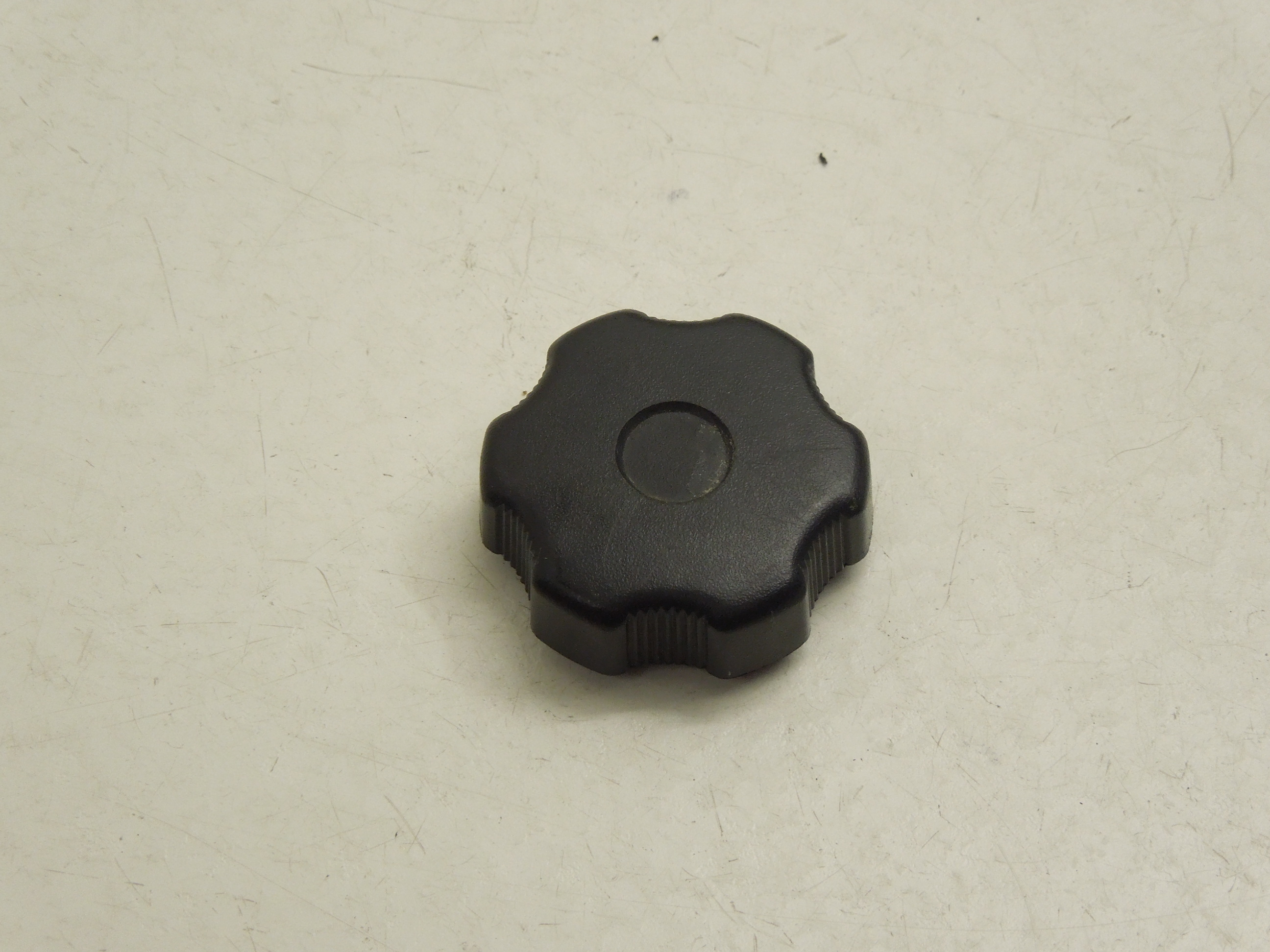 Audi A8 D2 Drivers Fuse Box Cover Knob Black 441863526c Ebay A6 3 0 Tdi Image Is Loading